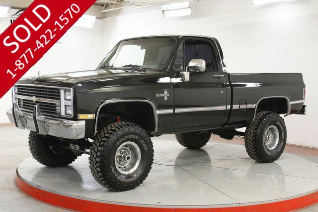 1984 CHEVROLET  K10 SHORT BED BLACK V8 COLD AC RALLEYS LIFT